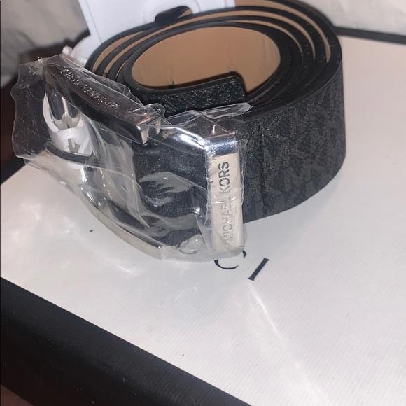 Michael Kors Women Logo Belt